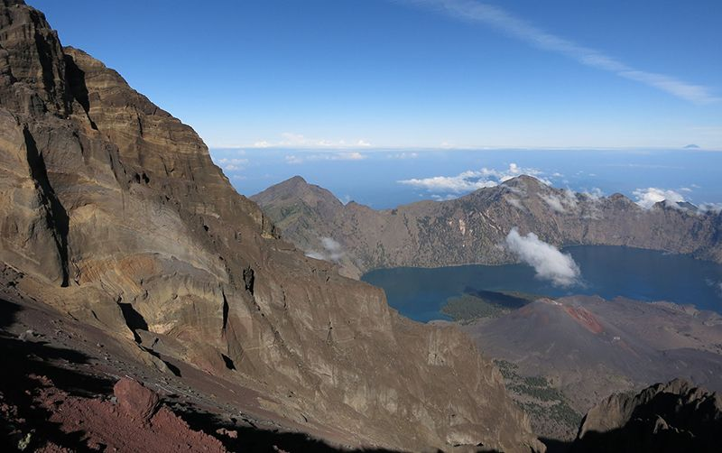 The view from mount Rinjani summit
