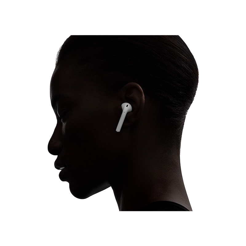 Apple AirPods earphone usage