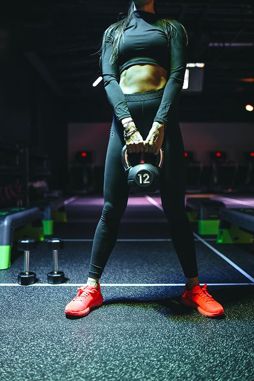 strength building workouts using kettlebell