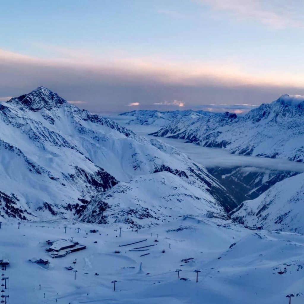 Early morning at Stubaier Gletscher