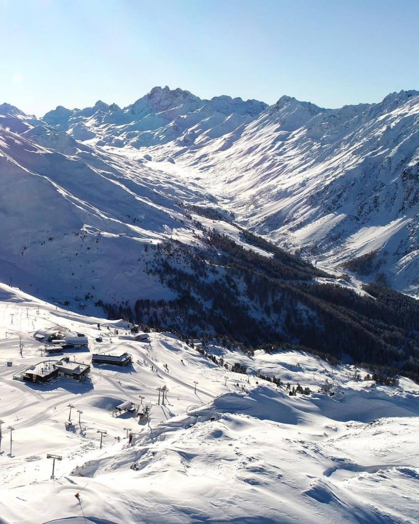 Skiing resorts in the Alps for a weekend getaway
